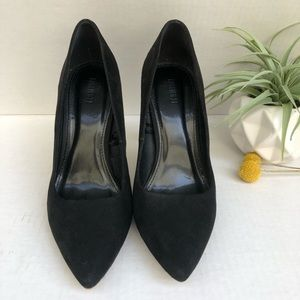 Forever 21 Black Suede Pointed Toe Heels Size 6.5